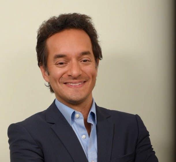 Alberto J. Bernal-León